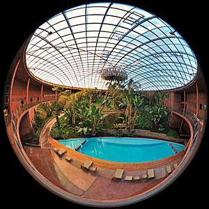 Fulldome under the Residencia Dome