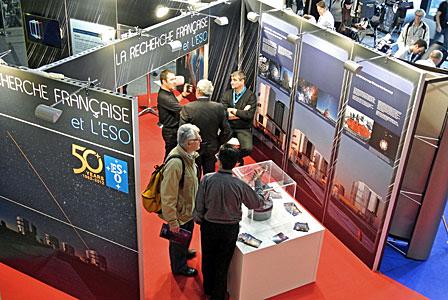 """ESO's stand at  """"Rencontres du Ciel et de l'Espace"""" in Paris"""
