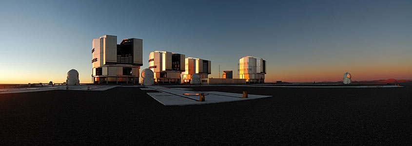 Panorama des Sonnenuntergangs am Paranal
