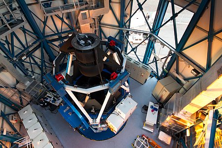 The VLT Survey Telescope (VST)