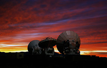 Mounted image 097: ALMA Prototype-Antennas at the ALMA Test Facility