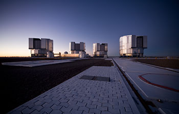 Mounted image 014: Paranal platform after sunset