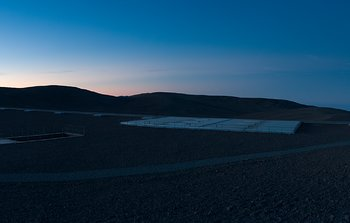 Mounted image 003: The Paranal Residencia at dawn