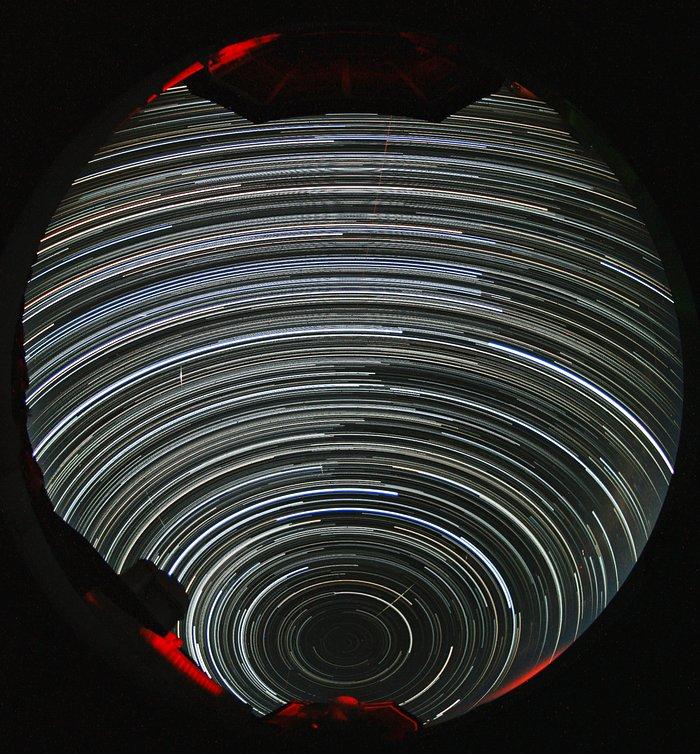 Southern Hemisphere circumpolar star trails