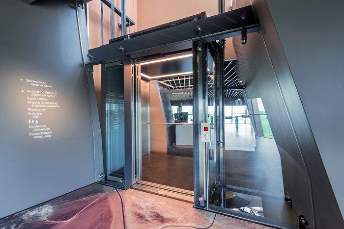 Supernova's great glass elevator