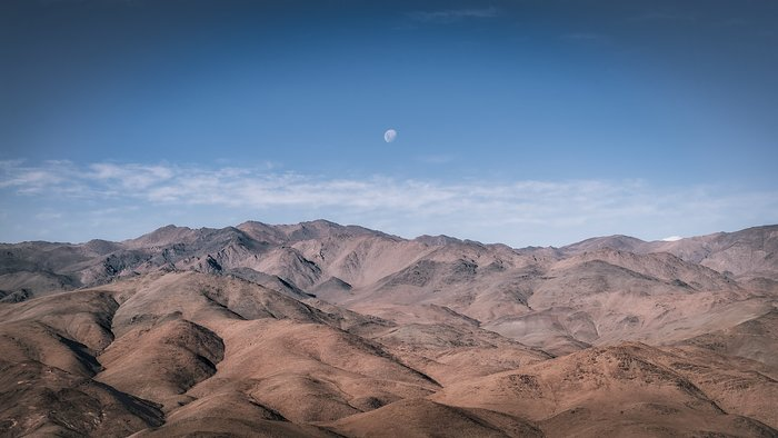 The dry and dusty home of La Silla Observatory