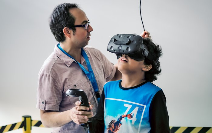 Virtual reality at the ESO Open House Day 2017