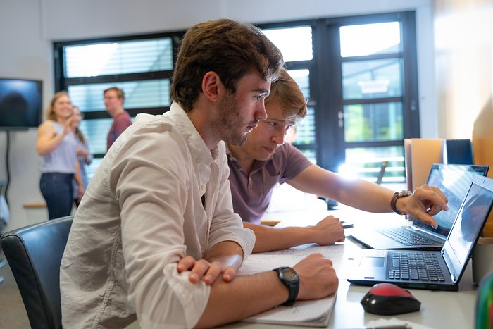 ESO Summer Research Programme — Samuel Ward