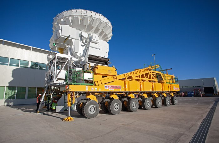 ALMA antenna on a transporter