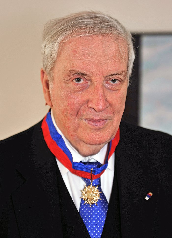 Hans-Emil Schuster receives prestigious Chilean state award for his contribution to astronomy