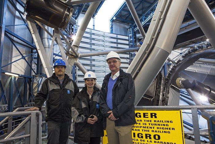 Die wissenschaftliche Hauptberaterin der Europäischen Kommission, Anne Glover, besucht das Paranal-Observatorium der ESO