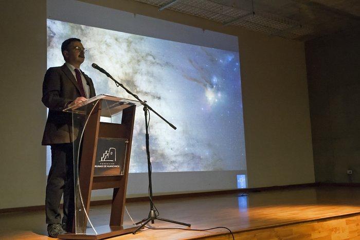 """Wiedereröffnungszeremonie der ESO-Ausstellung """"Ein Fenster ins Universum"""""""