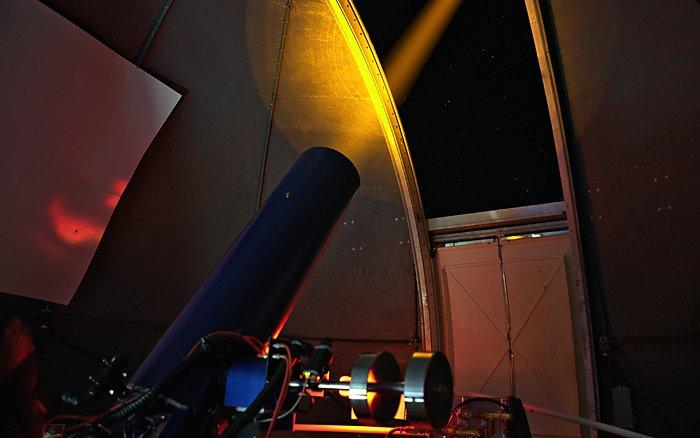 Test des Laserleitsternsystems auf Teneriffa