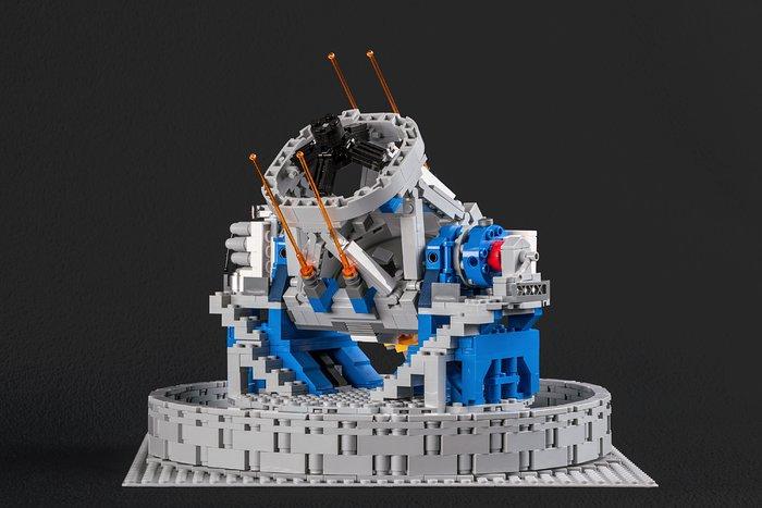 O modelo do VLT em LEGO® mostra o seu sistema guia laser
