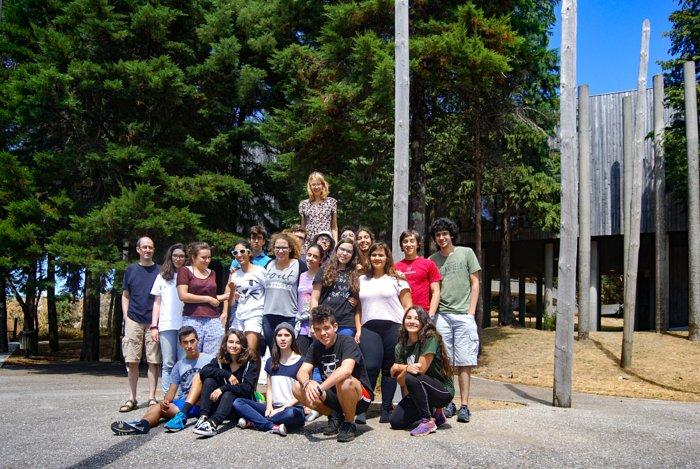 Schülerinnen und Schüler beim AstroCamp