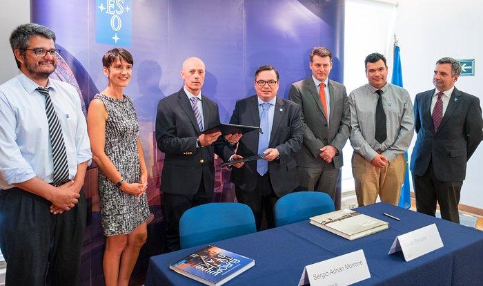 Die ESO unterzeichnet Vertrag mit chilenischer Firma für ELT Technical Facility