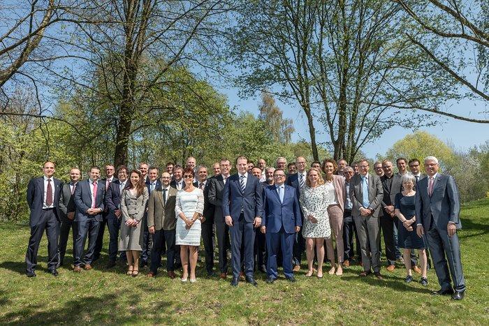 Vertrag für die Trägerstruktur des ELT-Hauptspiegels M1 unterzeichnet