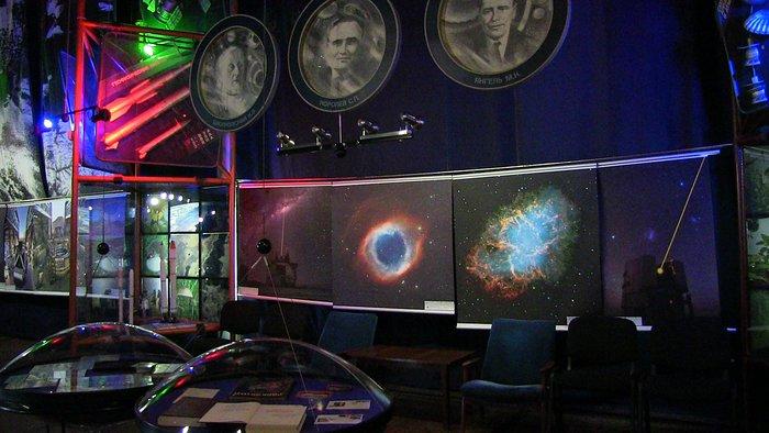 Виставка awesome Universe в Україні
