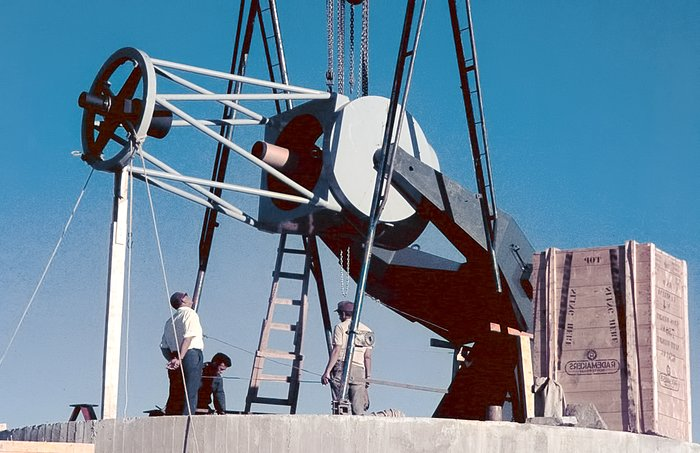 Assembling the ESO 1-metre telescope