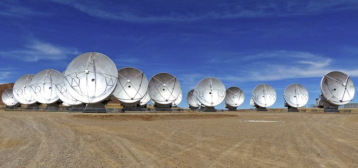 ALMA antennas on the Chajnantor Plateau