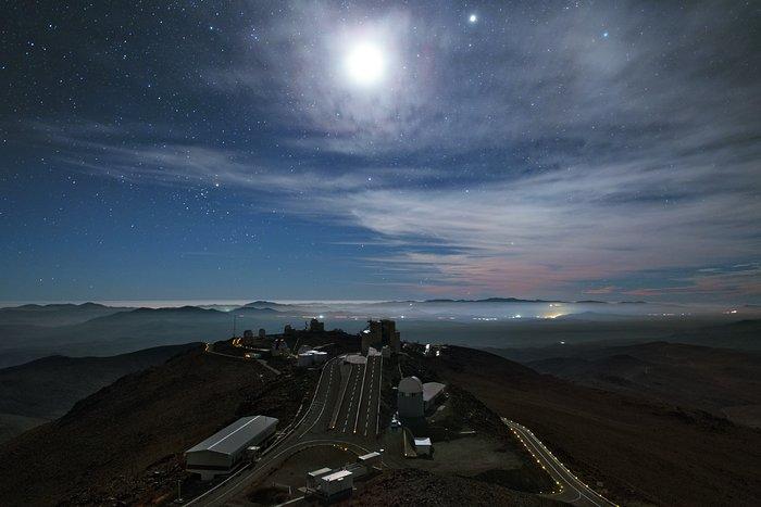 La Silla à noite