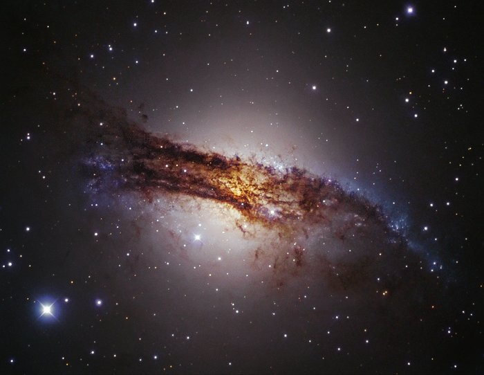 Una Galaxia Gigante