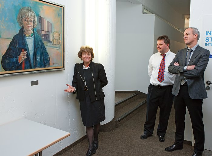 Unveiling Catherine Cesarsky's Portrait