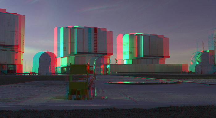The giant domes of the VLT open as the sun sets - 3D