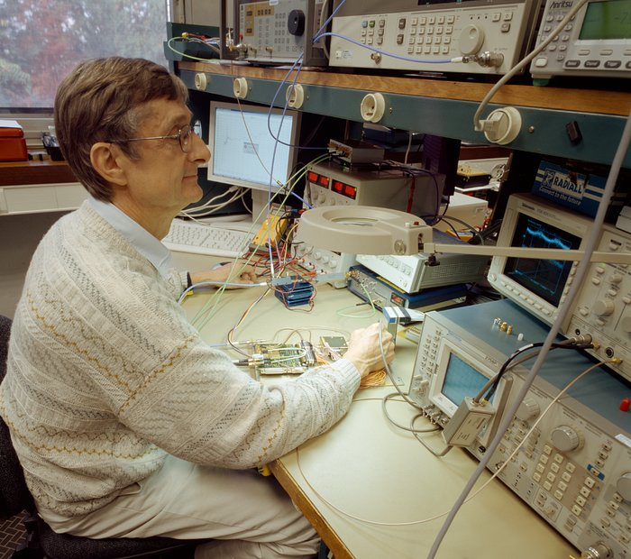 ALMA Digitizer prototype undergoing testing