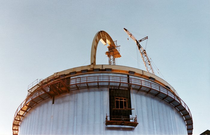 Dome construction for the ESO 3.6-metre telescope