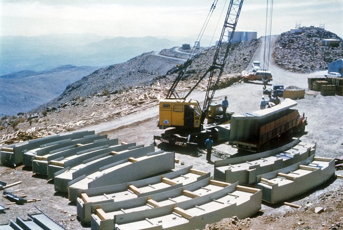 Construction of the ESO 3.6-metre telescope dome