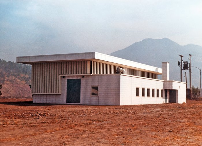 Satellite Building at Vitacura in 1969