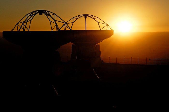 ALMA antennas silhouette