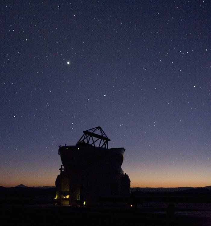 One Auxiliary Telescope under the sky