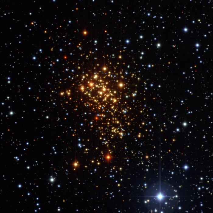 O enxame estelar Westerlund 1