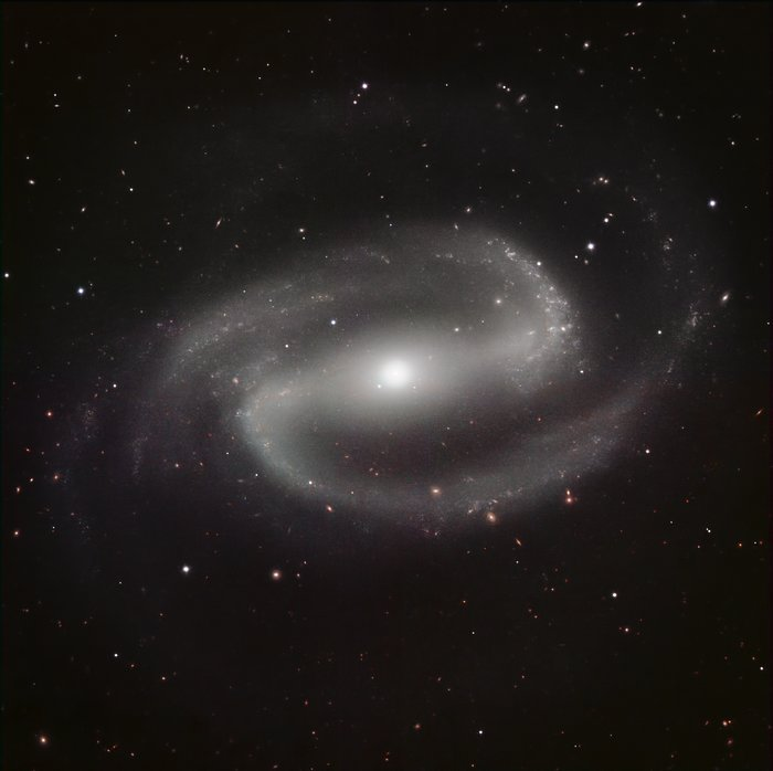 HAWK-I image of NGC 1300
