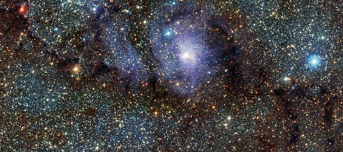 Visión infrarroja de la Nebulosa de la Laguna (Messier 8) tomada por VISTA