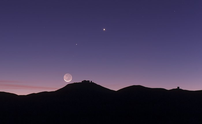 The crescent Moon and earthshine over ESO's Paranal Observatory
