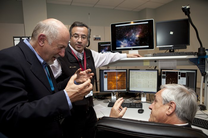 President Sebastián Piñera of Chile in the Paranal Control Room