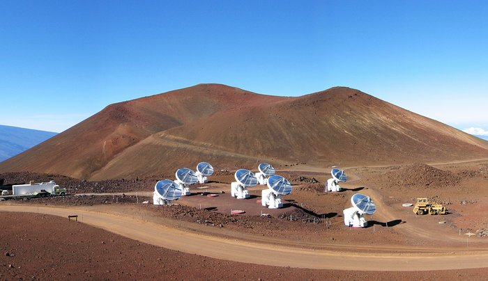 Das Submillimeter Array (SMA) auf dem Mauna Kea, Hawaii