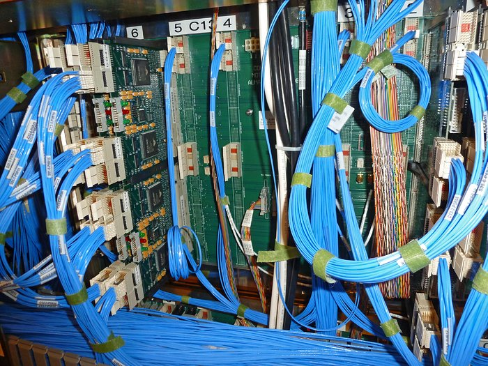 Cabling for the ALMA correlator