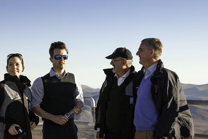 Os Príncipes Herdeiros da Dinamarca durante a sua visita ao Observatório do Paranal do ESO
