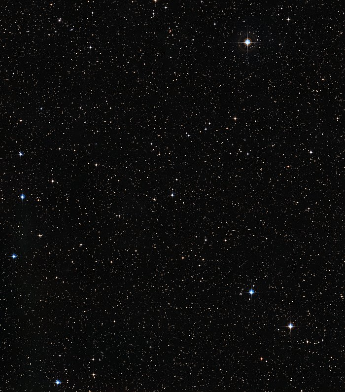 Wide-field view of the region around Sun-like star HIP 102152