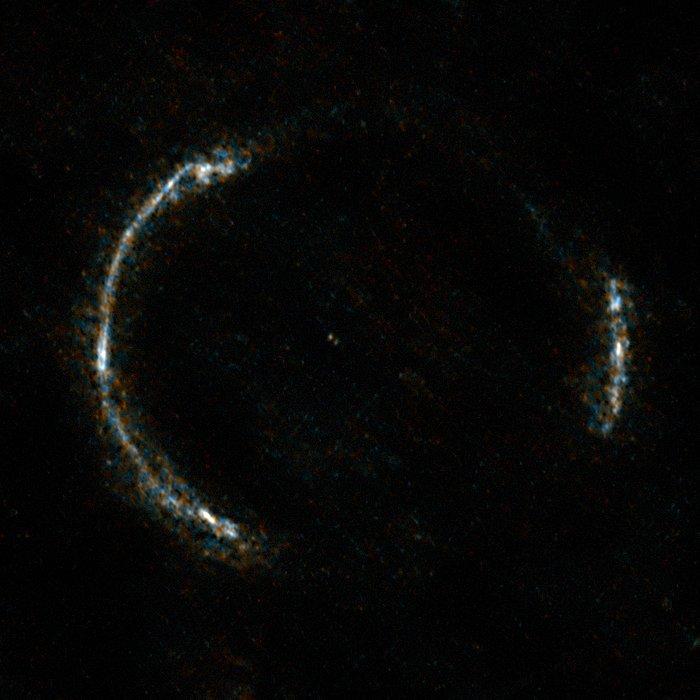 ALMA:s bild av Einsteinringen SDP.81