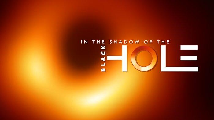 Im Schatten des schwarzen Lochs