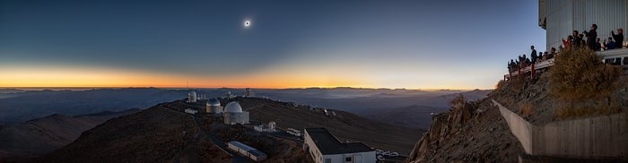 Total Solformørkelse over La Silla 2. juli 2019 (panorama
