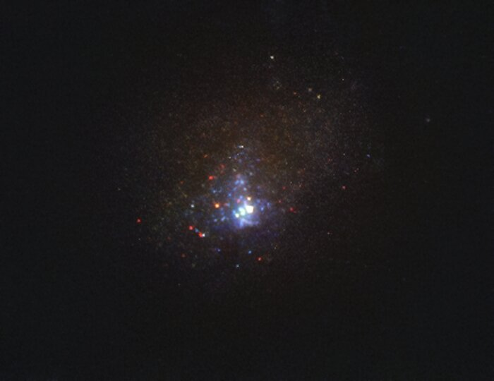 Hubble image of the Kinman Dwarf galaxy