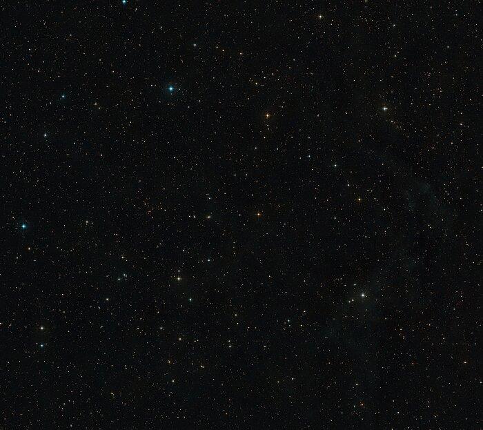 Le ciel autour d'AT2019qiz