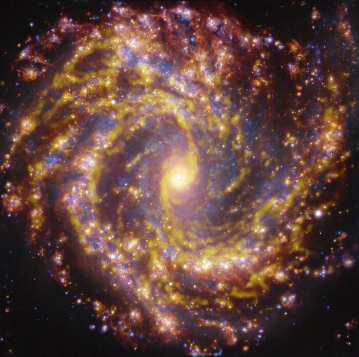 Az NGC 4303 a VLT és ALMA különböző hullámhosszakon készült felvételein