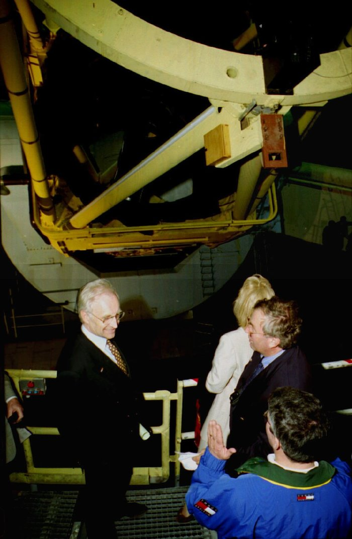 The Bavarian Prime Minister Inspects the Telescope